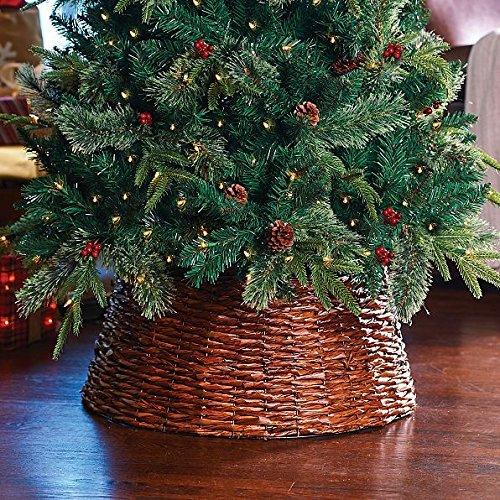 Woven Christmas Tree Collar