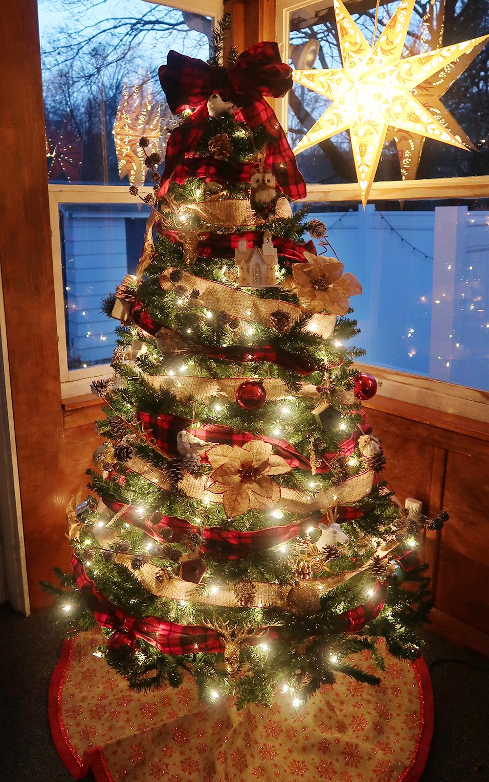 Buffalo Check Christmas Tree 7
