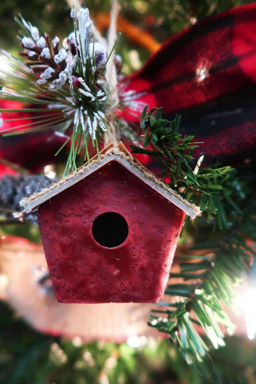 Buffalo Check Christmas Tree 4