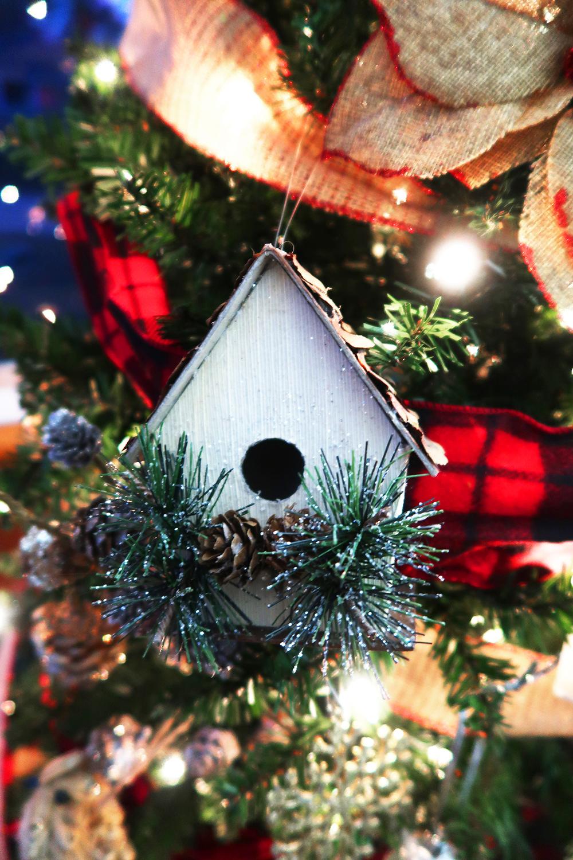 Buffalo Check Christmas Tree 6