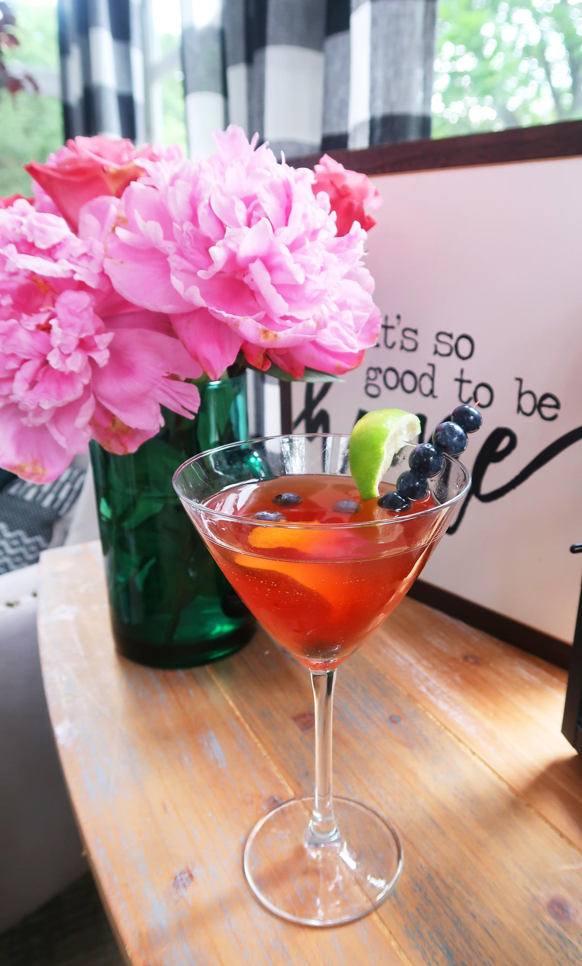 Blueberry_Pomegranate_Martini