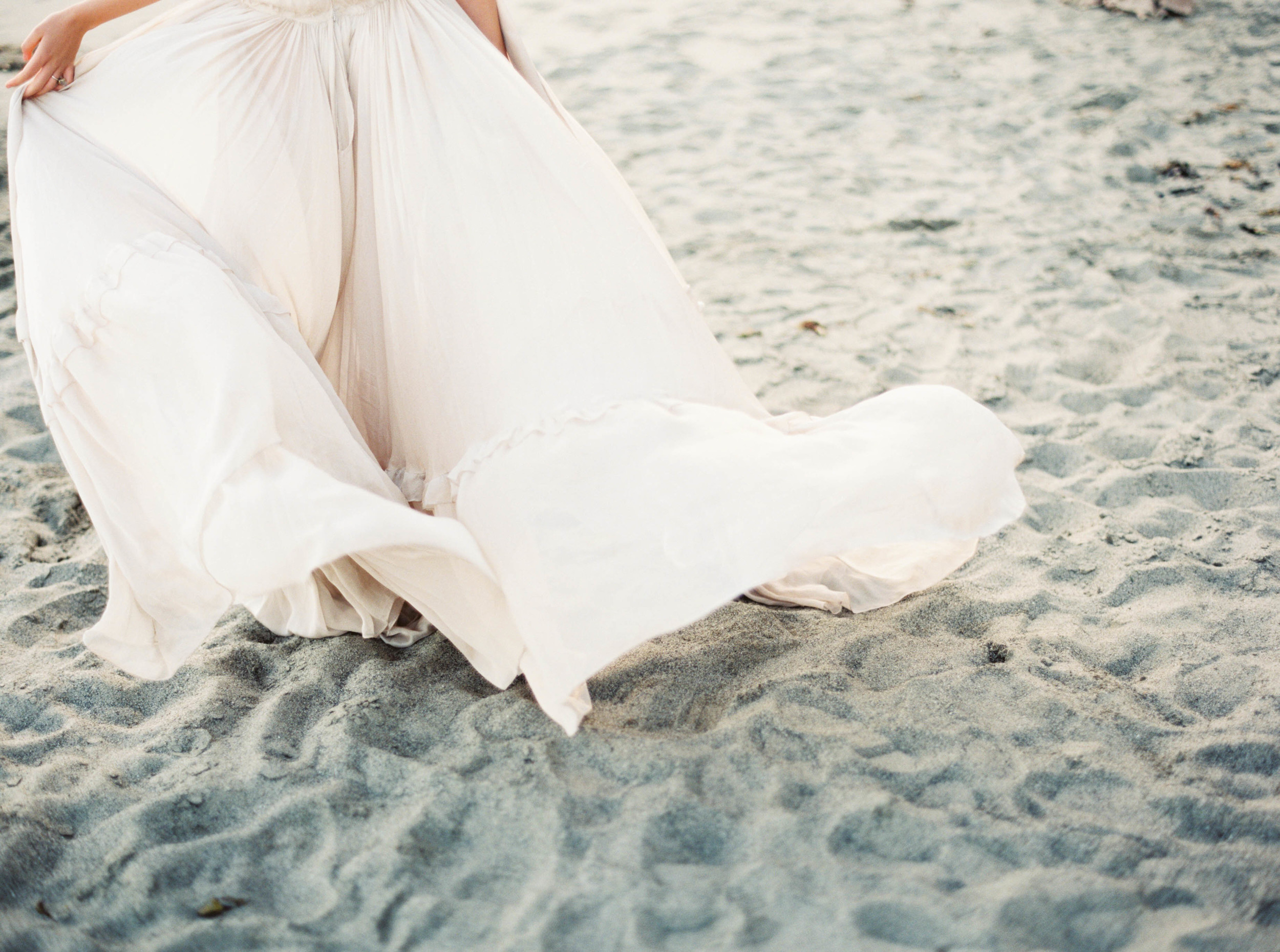 Meghan Mehan Fine Art Photography - Elk, California - Beach Bridal_Sierra - 018.jpg