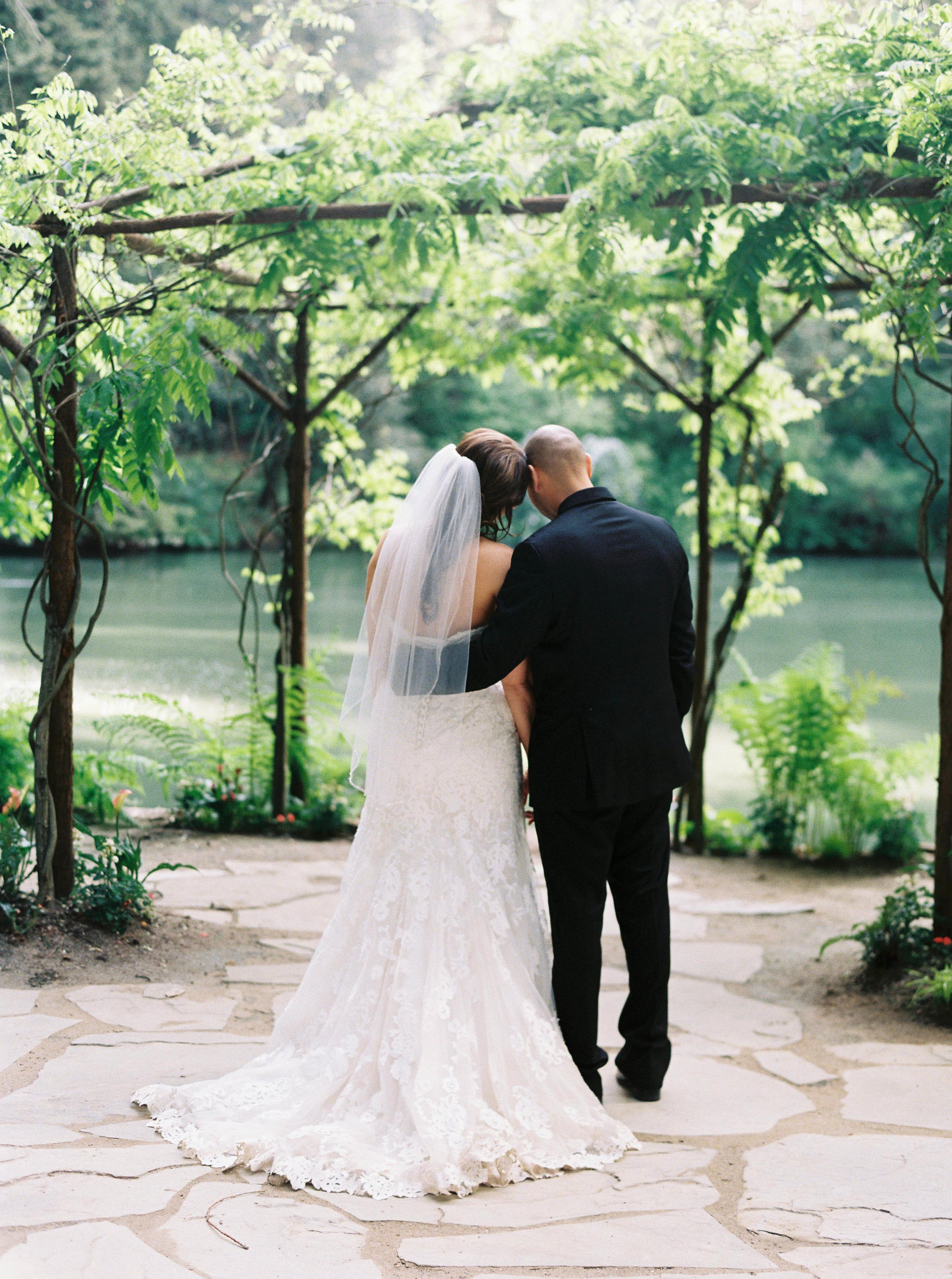 Meghan Mehan Photography - Alisa & Aaron_Nestldown Wedding - 161.jpg