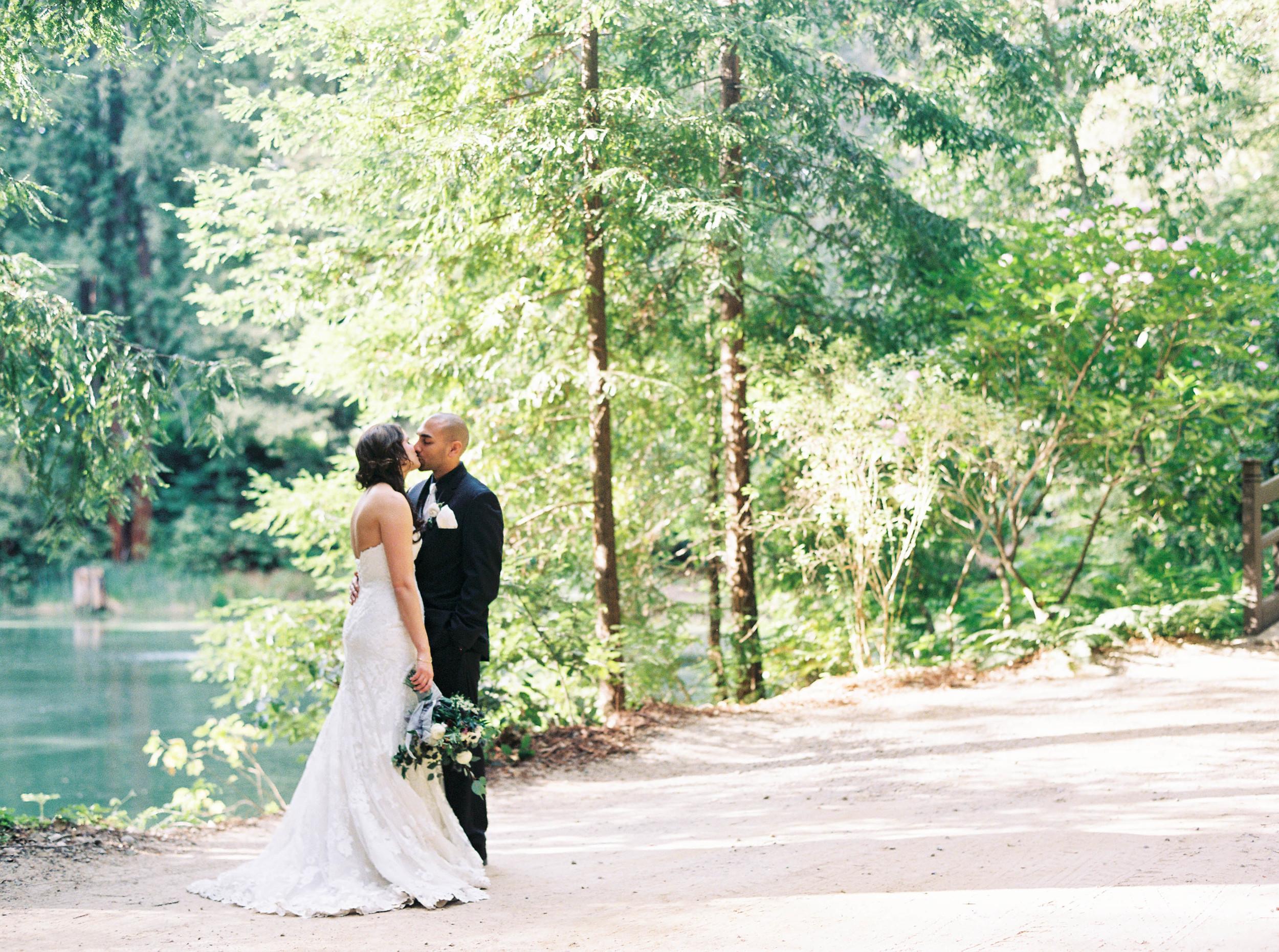 Meghan Mehan Photography - Alisa & Aaron_Nestldown Wedding - 180.jpg