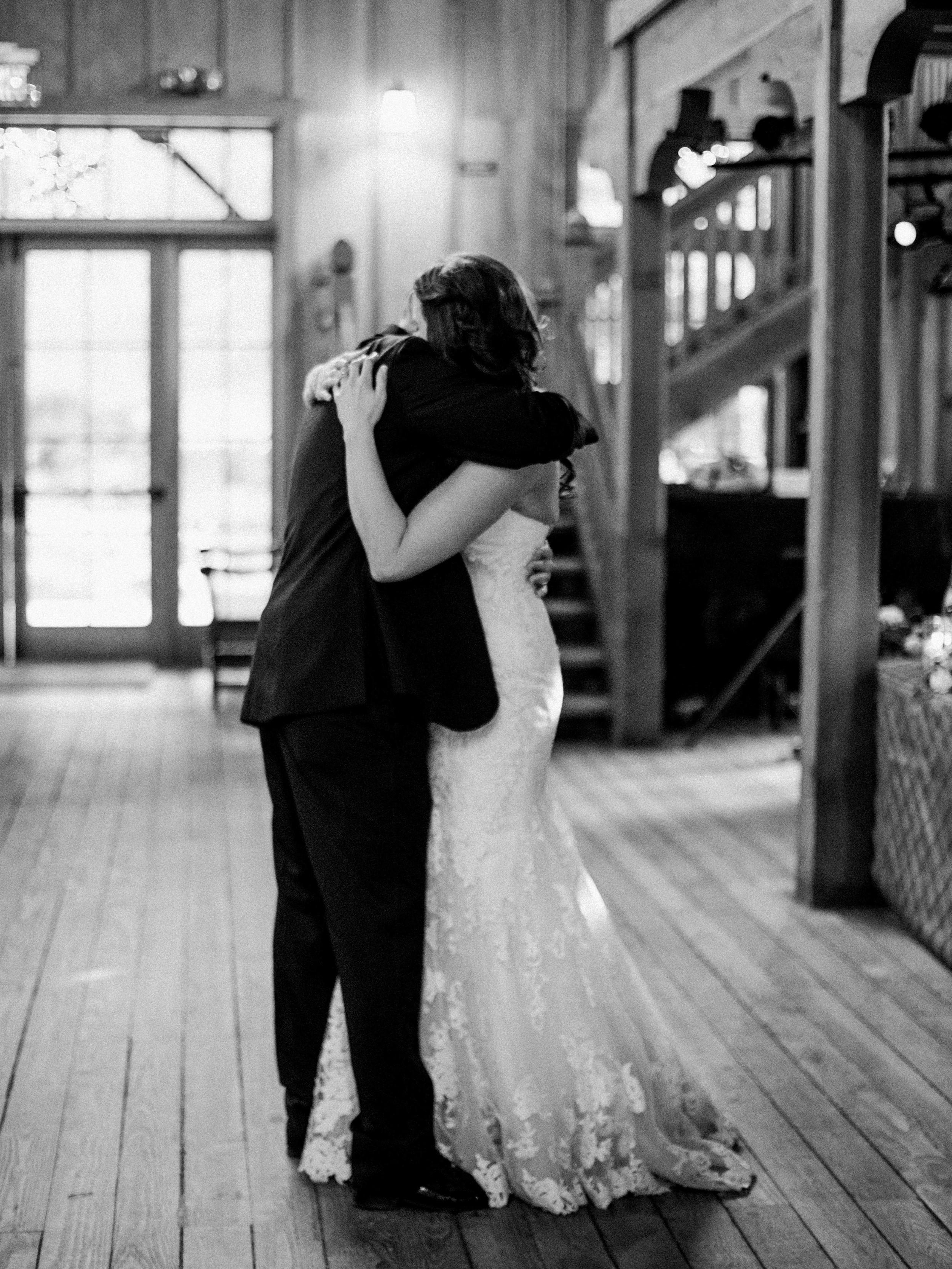 Meghan Mehan Photography - Alisa & Aaron_Nestldown Wedding - 455.jpg