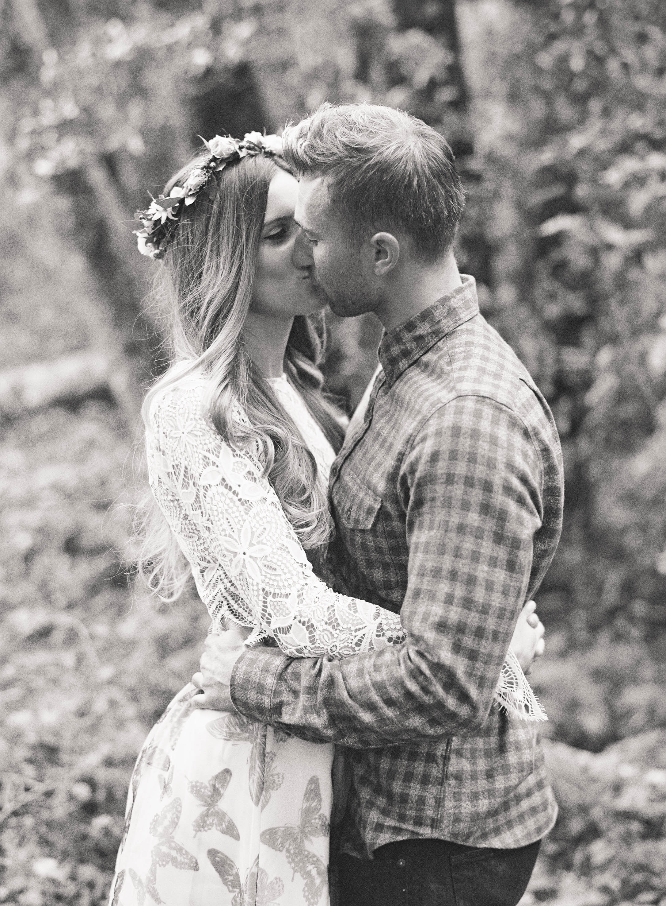 Meghan Mehan Photography - Fine Art Film Wedding Photography - San Francisco | Napa | Sonoma | Big Sur | Chicago | Minneapolis | Milwaukee | Lake Geneva | Door County | Wisconsin 041.jpg