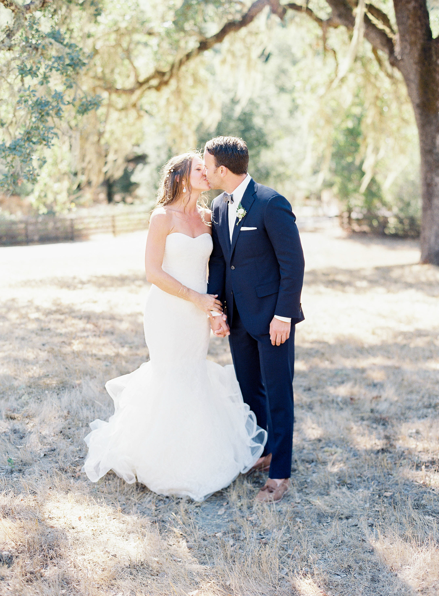 Meghan Mehan Photography - Fine Art Film Wedding Photography - San Francisco | Napa | Sonoma | Big Sur | Chicago | Minneapolis | Milwaukee | Lake Geneva | Door County | Wisconsin 049.jpg