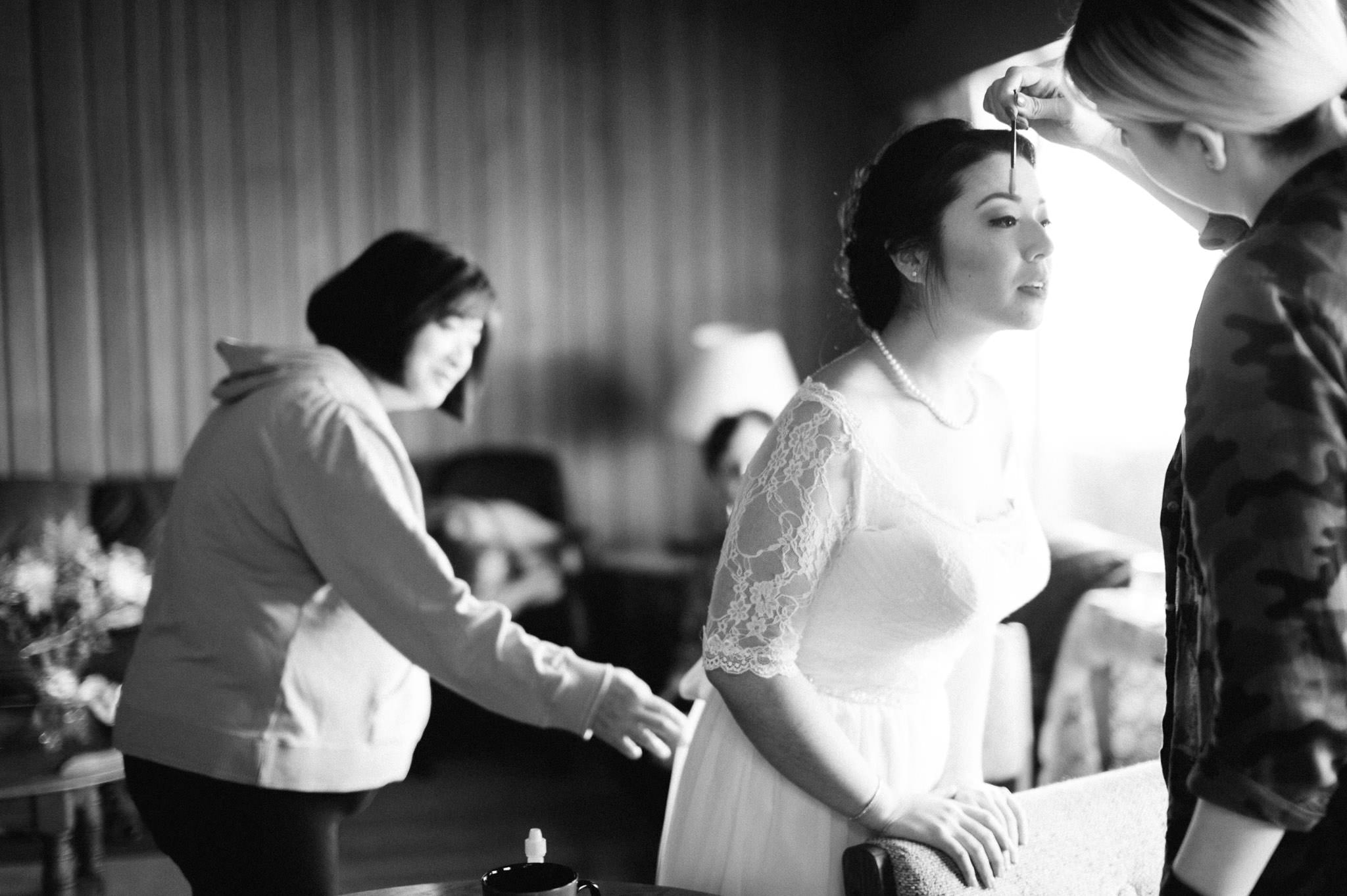 Vancouver candid wedding photography