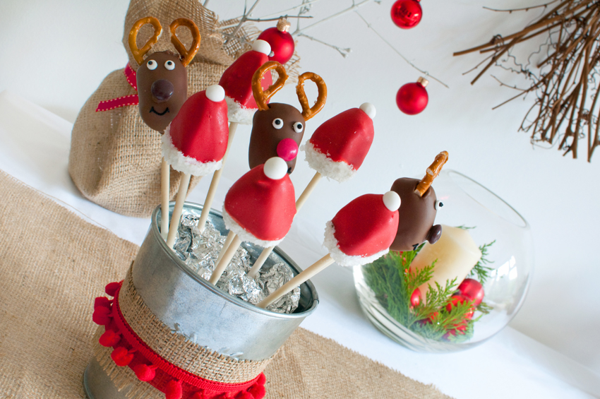 Christmas cakepops by The Chipping Norton Tea Set