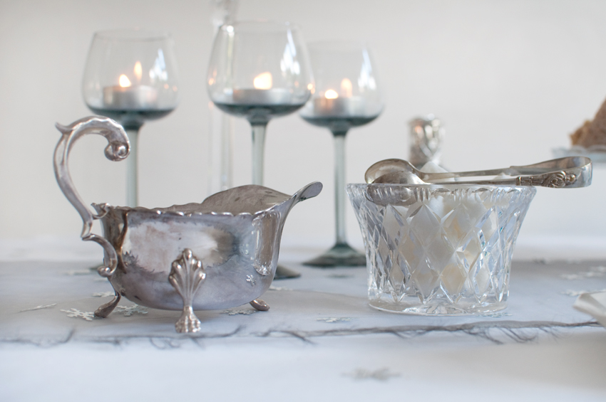 Christmas table setting by The Chipping Norton Tea Set