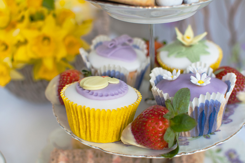 Easter cupcakes by The Chipping Norton Tea Set
