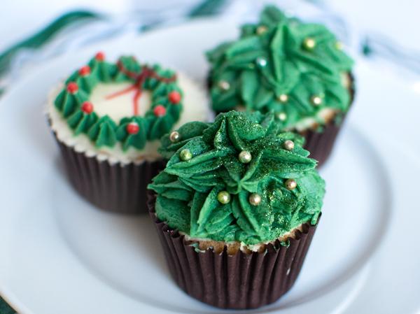 3 green cupcakes The Chipping Norton Tea Set.jpg