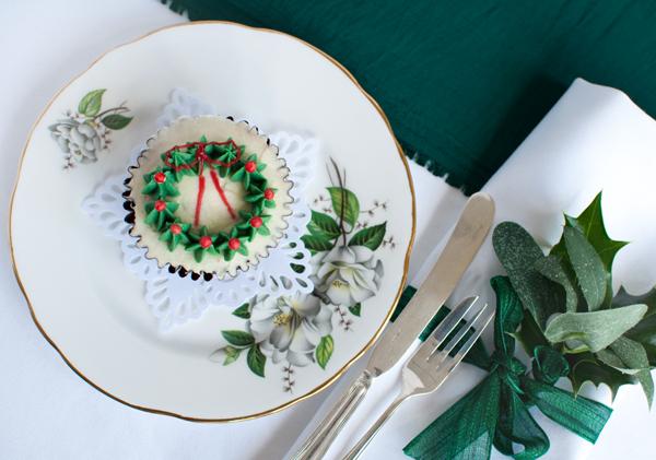Single green cupcake The Chipping Norton Tea Set.jpg