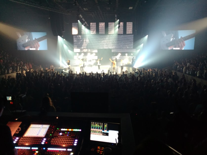 Worship Experience at one of the main sessions.