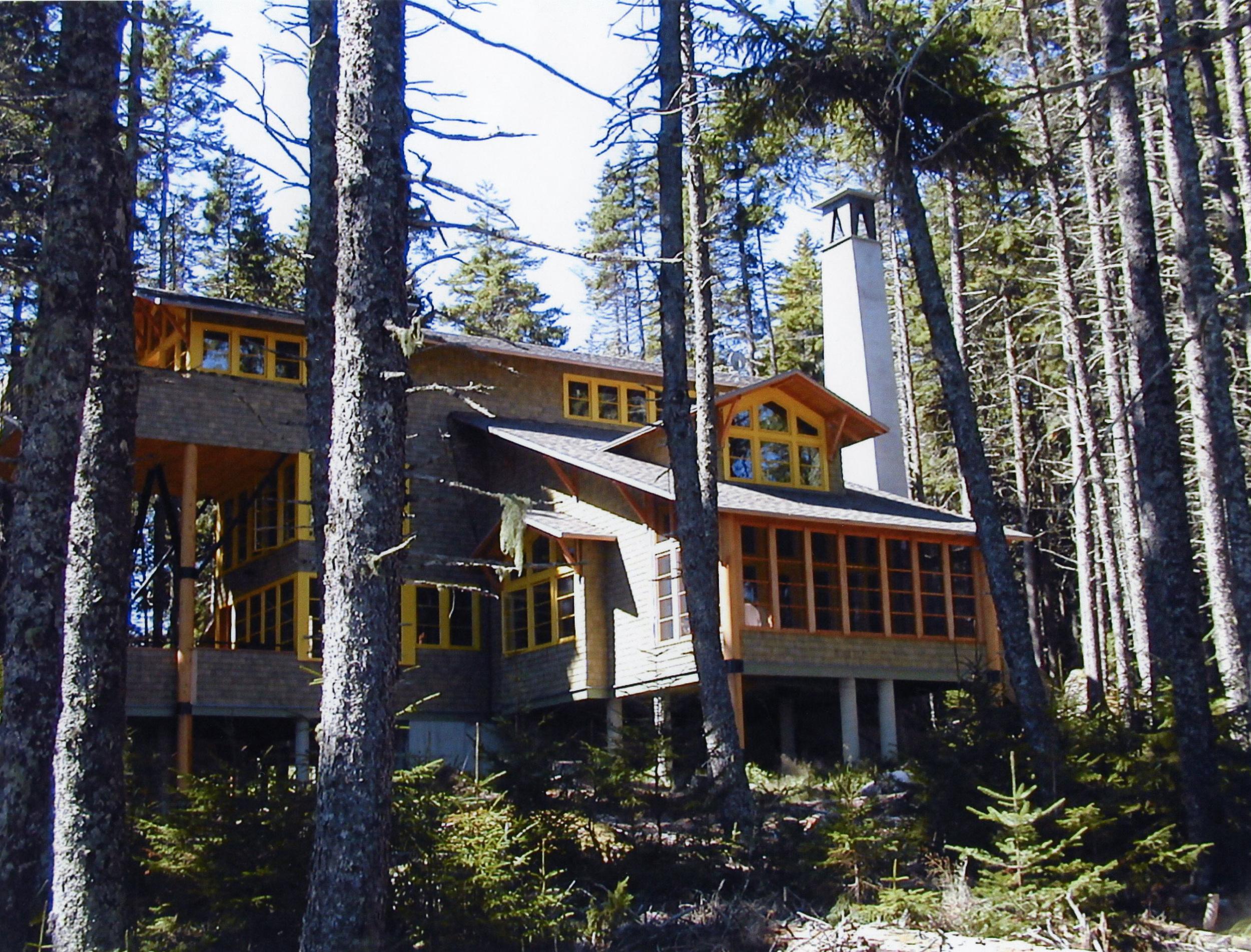 Architect: Winton F. Scott   Photo: Brian Vanden Brink