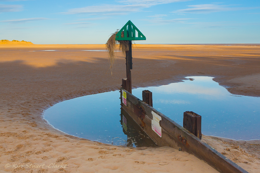38-Groyne with dune grass.jpg