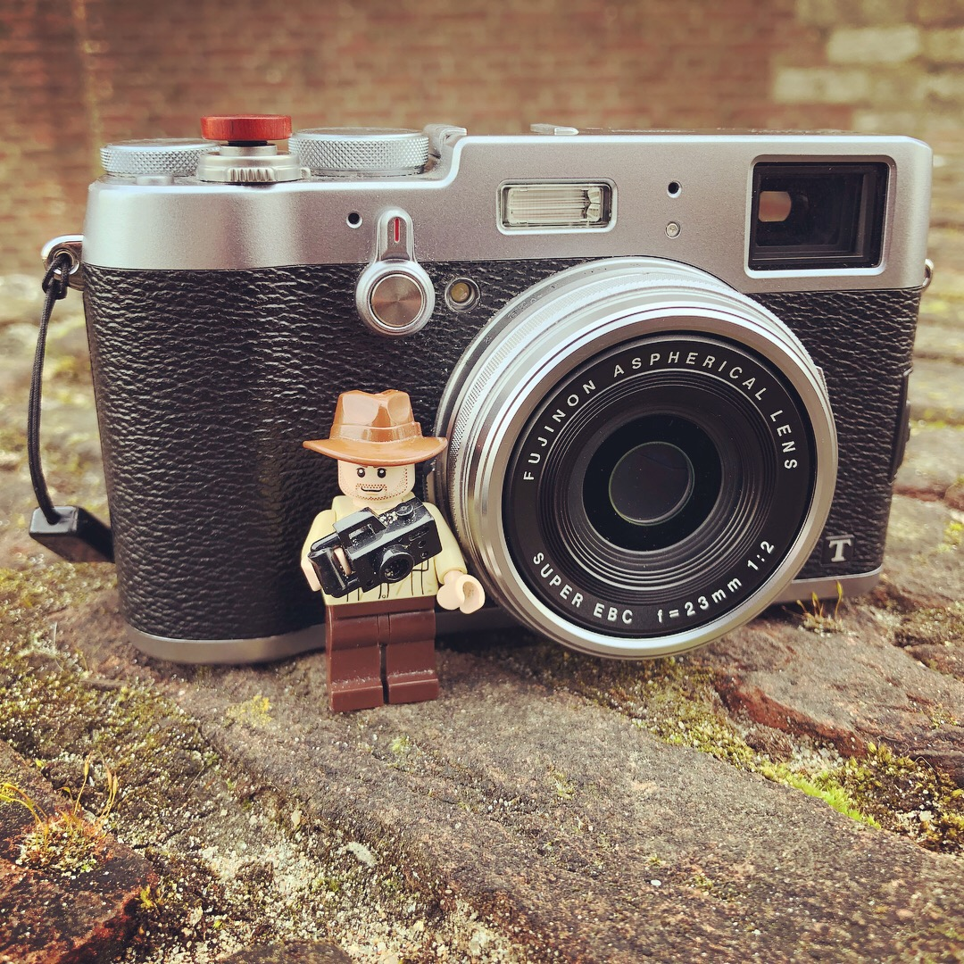 Photo Lego Dude  approves the design of the X100T. [iPhone X]