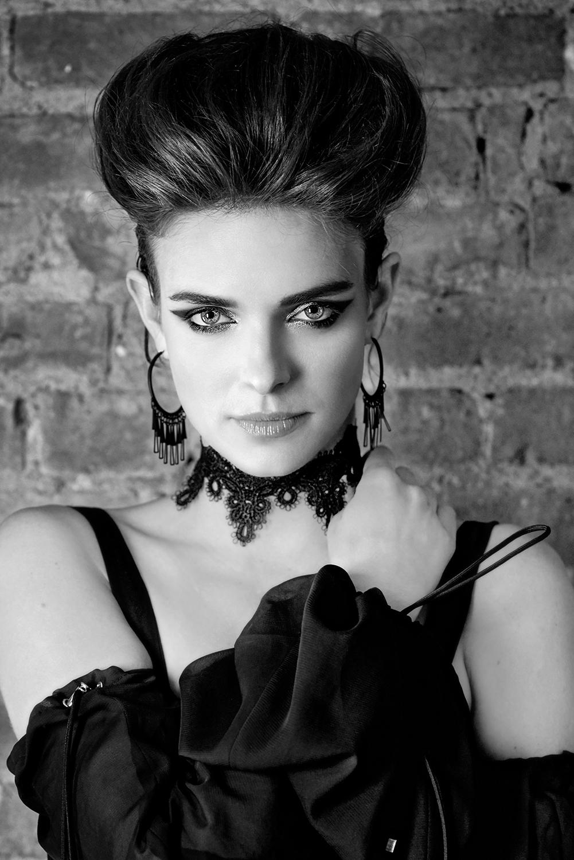 Model: Lauren Switzer