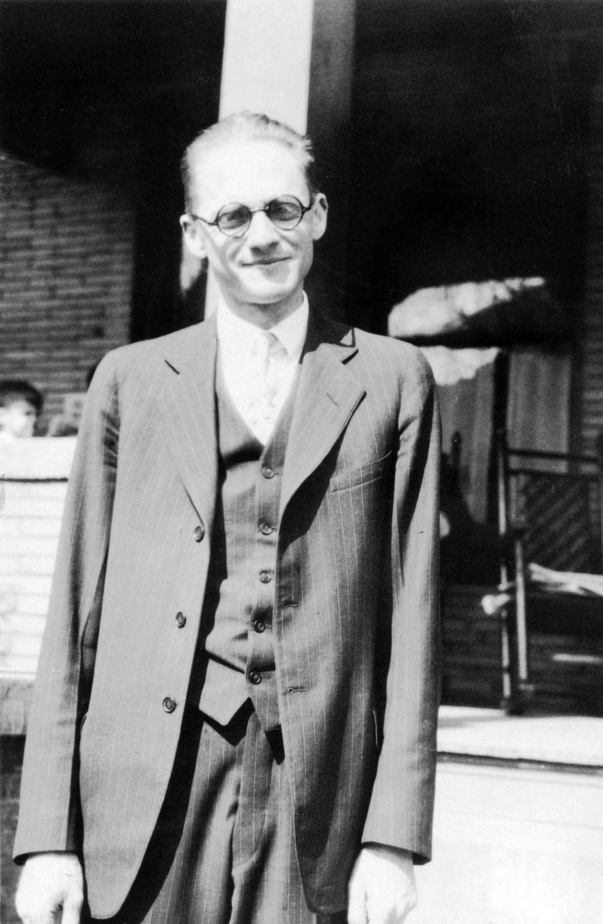 Russell B. Nesbitt 1914 - Faculty Advisor