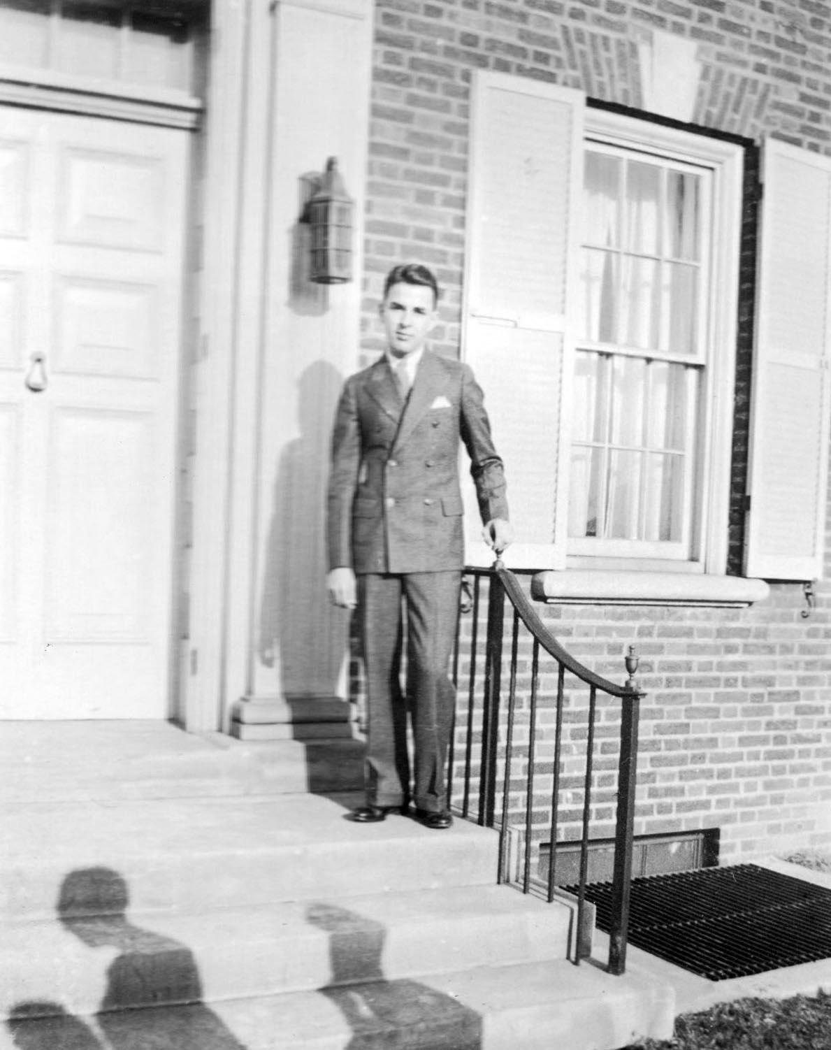 Robert L. Grun 1935