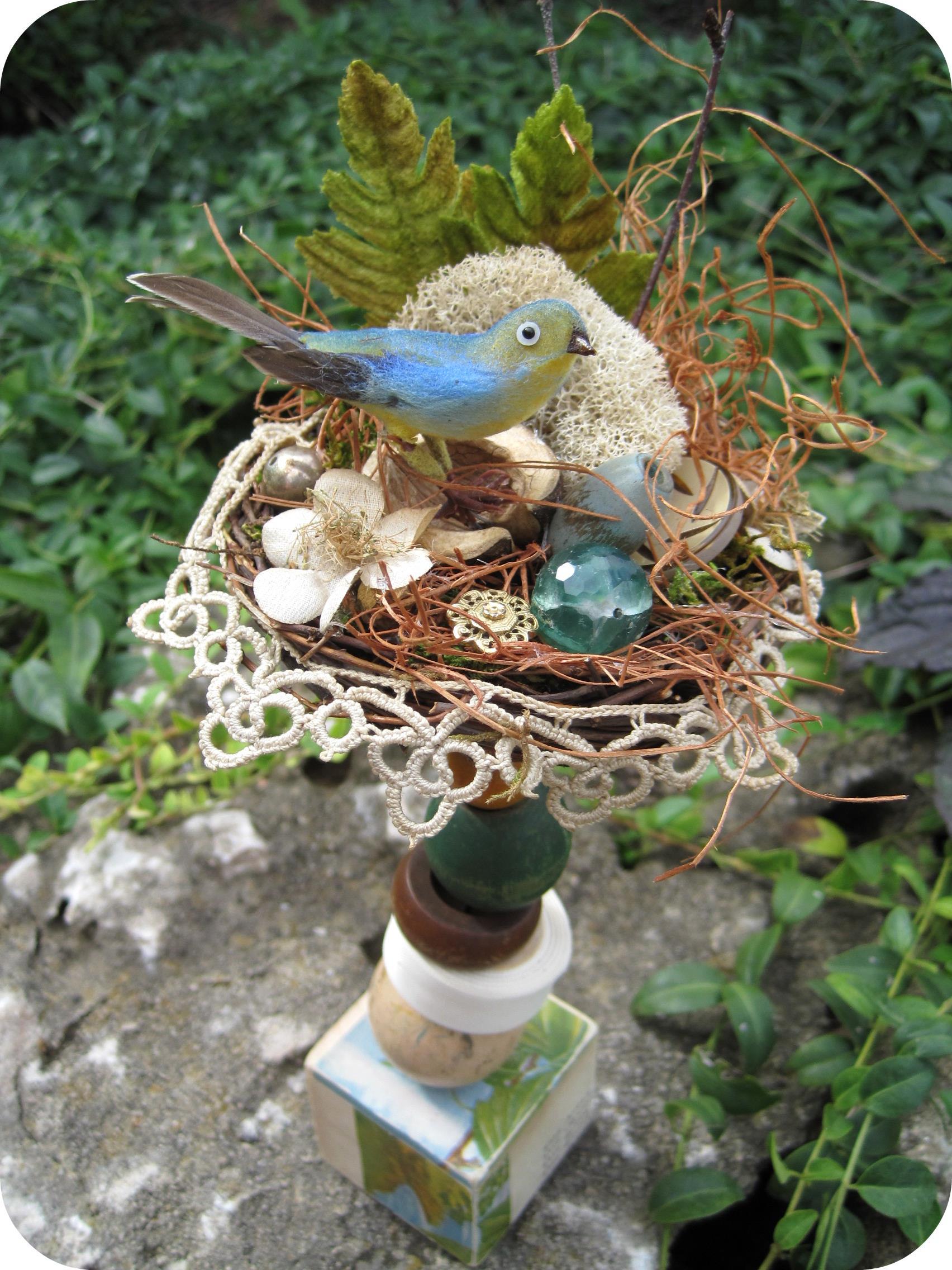 Art & Found Bird's Nest Totem