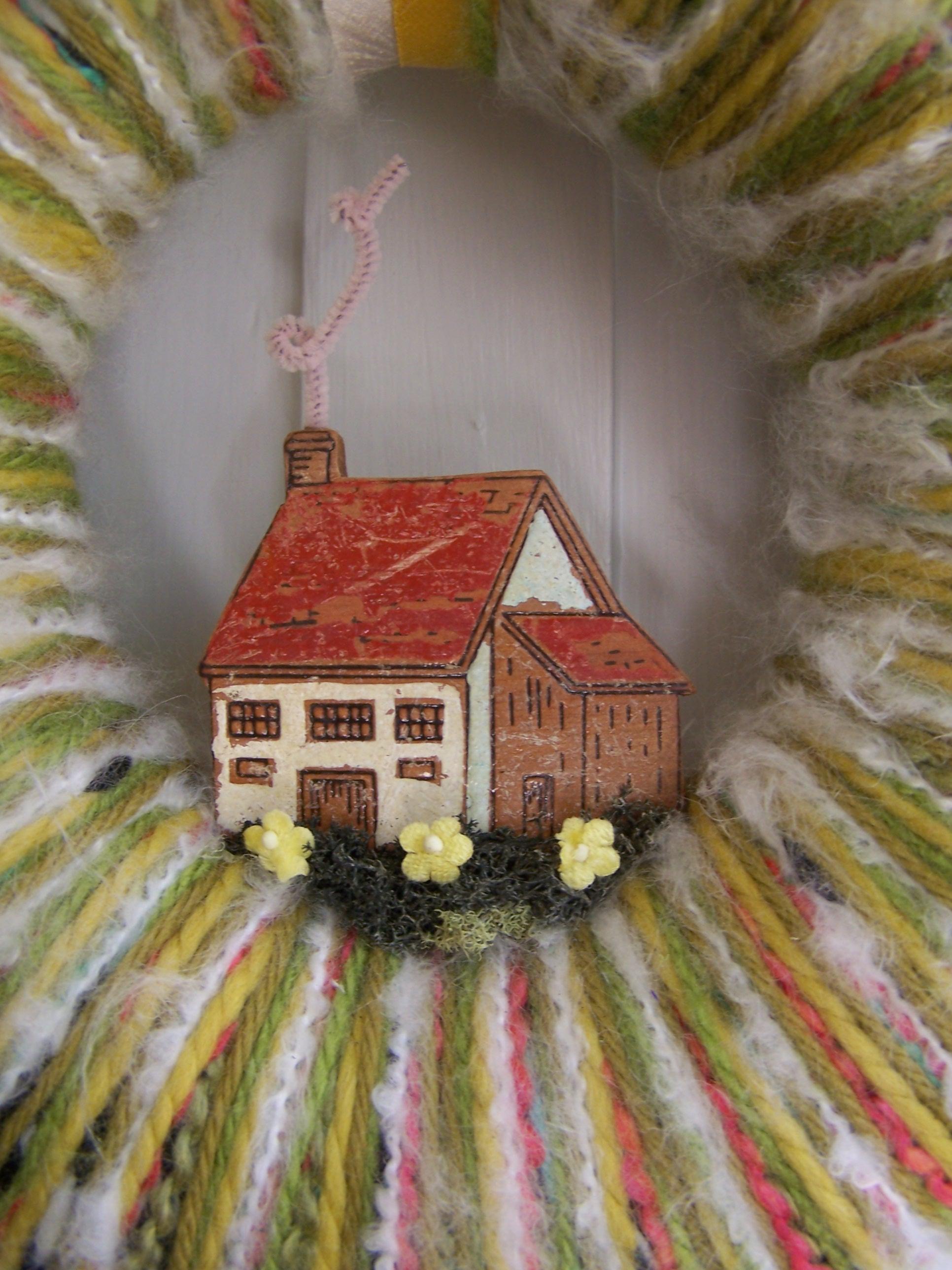 Home & Yarn Wreath, detail