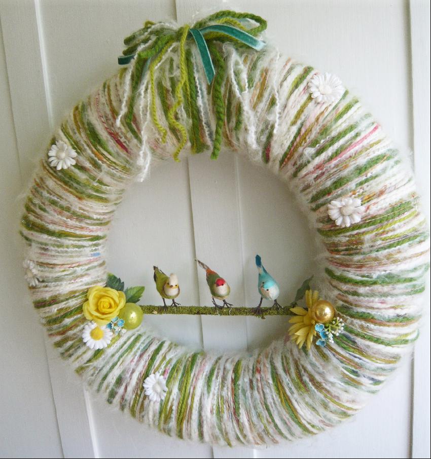Bird Trio Yarn Wreath