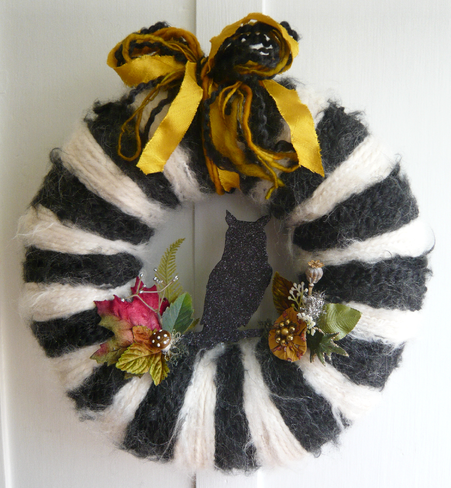 Glitter Owl Halloween Yarn Wreath, custom