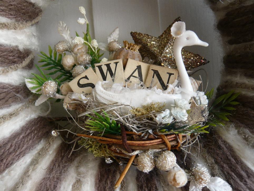 Swan & Yarn Wreath, detail