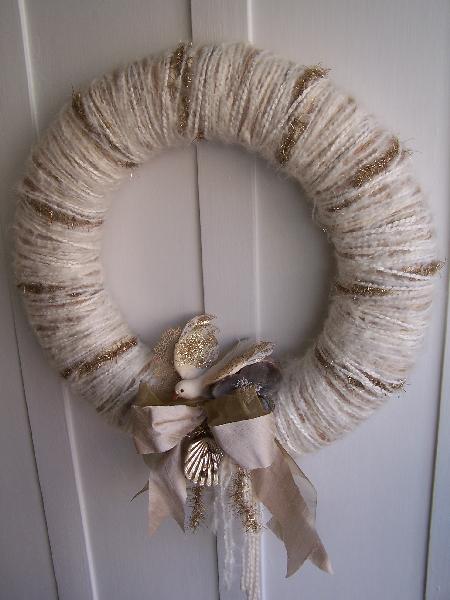 White & Gold Bird Yarn Wreath