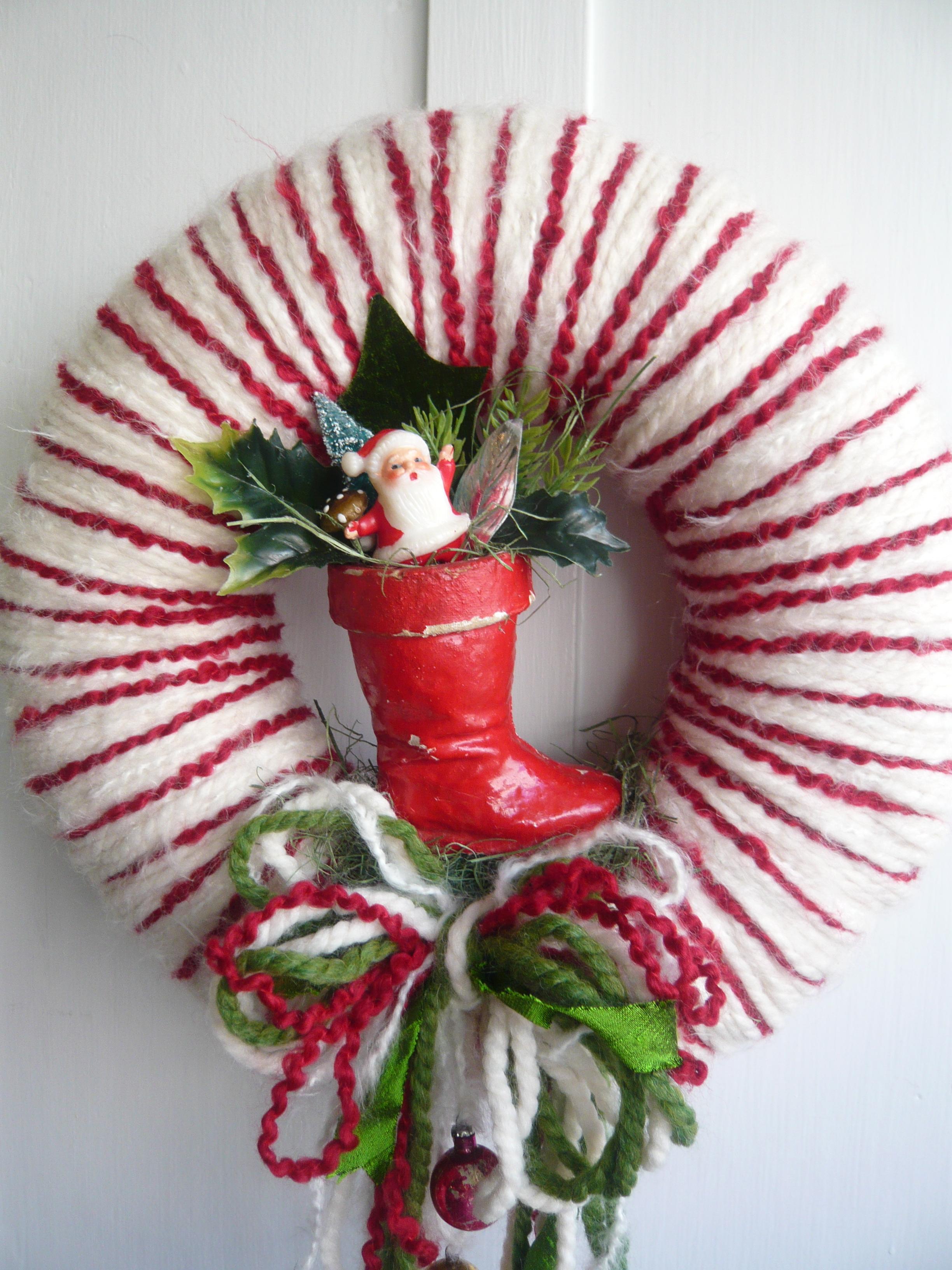 Santa's Boot & Yarn Wreath