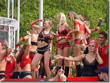 2003_Parade_0121.jpg