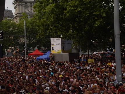 2003_Parade_0042.jpg
