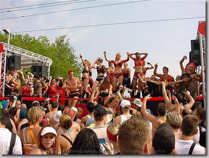 2003_Parade_0122.jpg