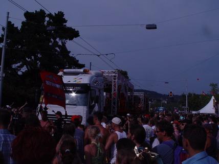 2003_Parade_0030.jpg