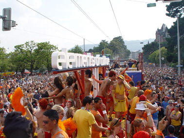 2004_Parade_0111.JPG