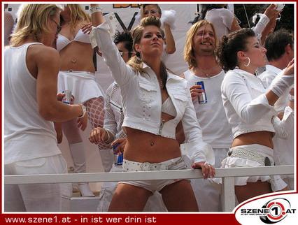 2005_Parade_0059.jpg