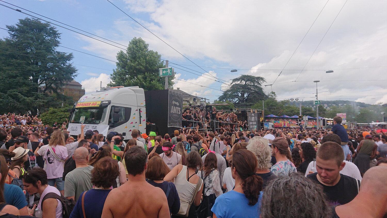 Streetparade_2019_Parade102.jpg
