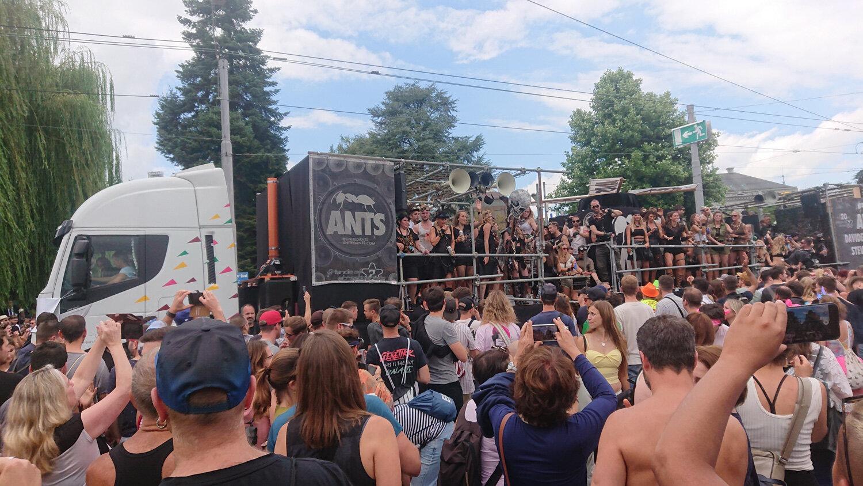 Streetparade_2019_Parade105.jpg