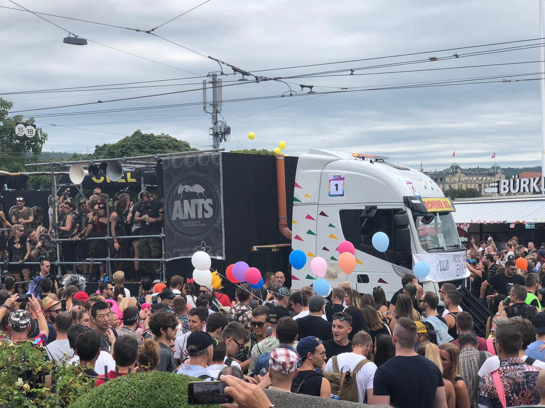 Streetparade_2019_Parade176.jpg