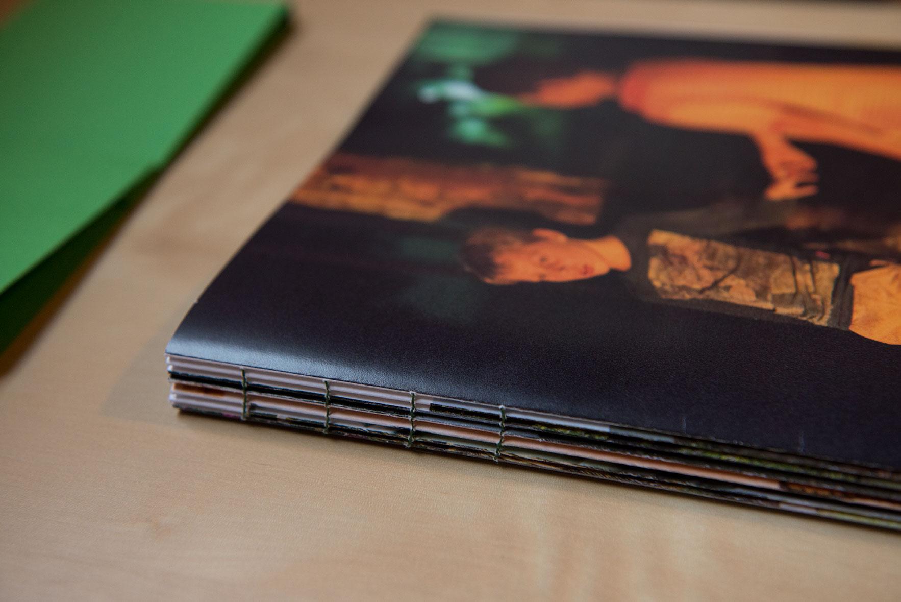 Bookpreview02-©-TomasBachot.jpg
