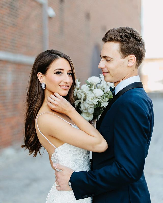 In case you missed it, this gorgeous Brooklyn wedding was just featured on @brides and our blog! Link in my profile, go give it a 👀 #patfureyphotography