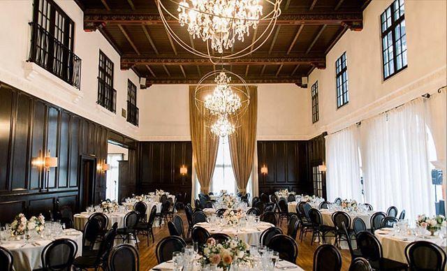 #Repost from @mele_amore. An elegant Dinner Reception ✨ ⠀⠀ ⠀⠀ planner | @mele_amore  venue | @ebelloflb  caterer | @treslacatering ⠀⠀ photo | @kwonphoto  florist | @fleuriebysally ⠀⠀ video | @buckleyvideography⠀ dj | @blackbooksocialclub ⠀⠀ linen | @luxe_linen ⠀⠀ #junelovespai #weddingreception #wedding #weddingday #luxurywedding #tablescape #weddingtablesetting #weddinginspiration #weddinginspo #weddingideas #tabledecor #weddingcenterpiece #weddingflowers #weddingseason #weddingdetails #weddingdecor #longbeach #longbeachwedding #longbeachweddingvenue #weddingvenue #weddingplanner #meleamore