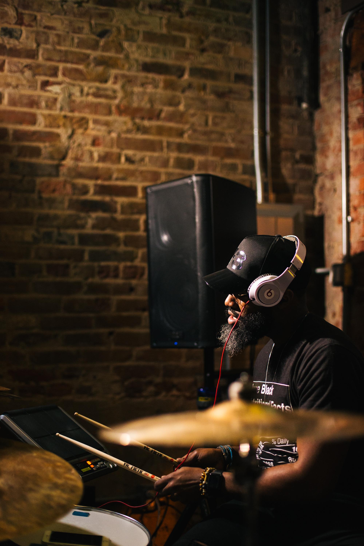 the bearded drummer -