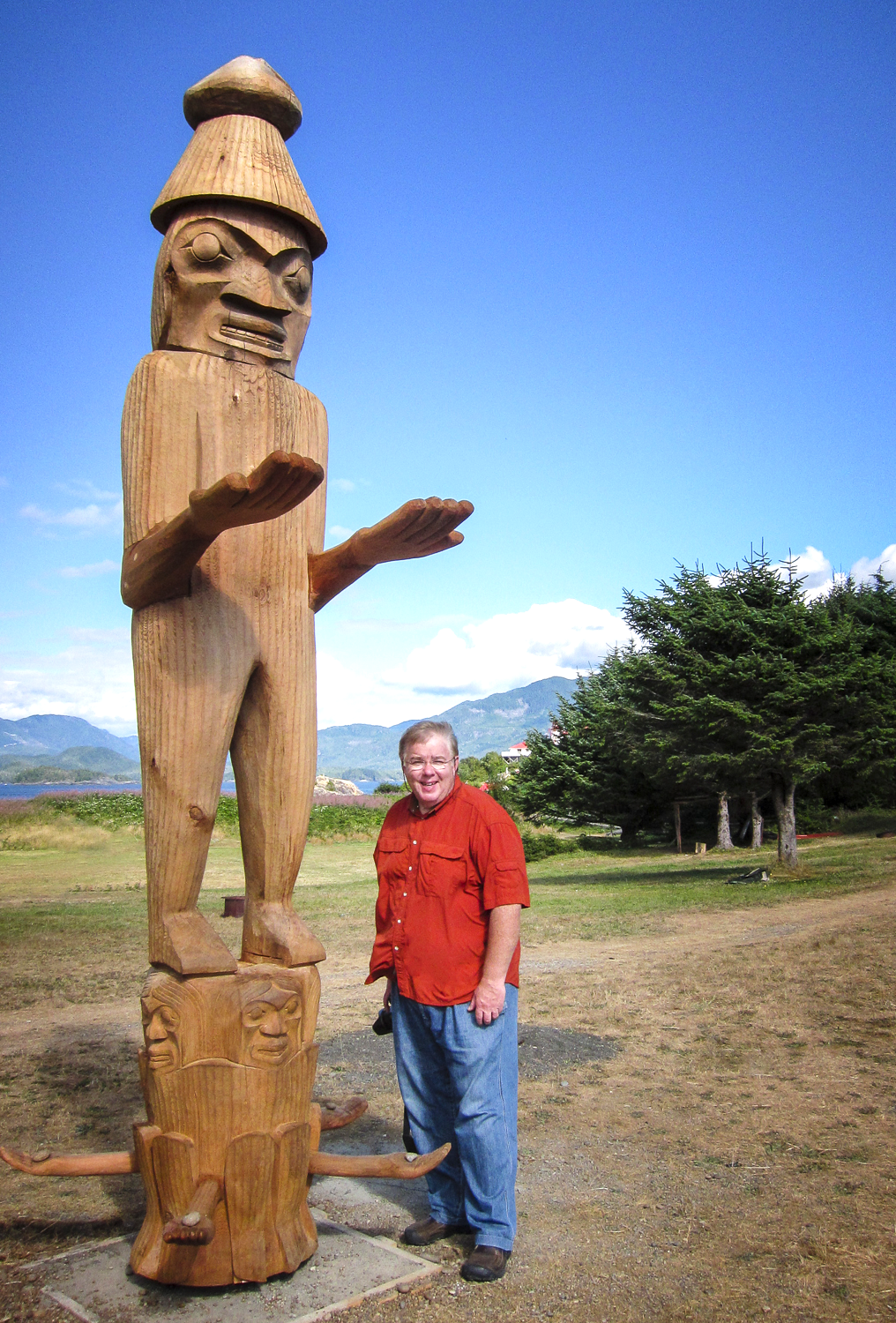 The new totem welcomes all, Bob provides scale