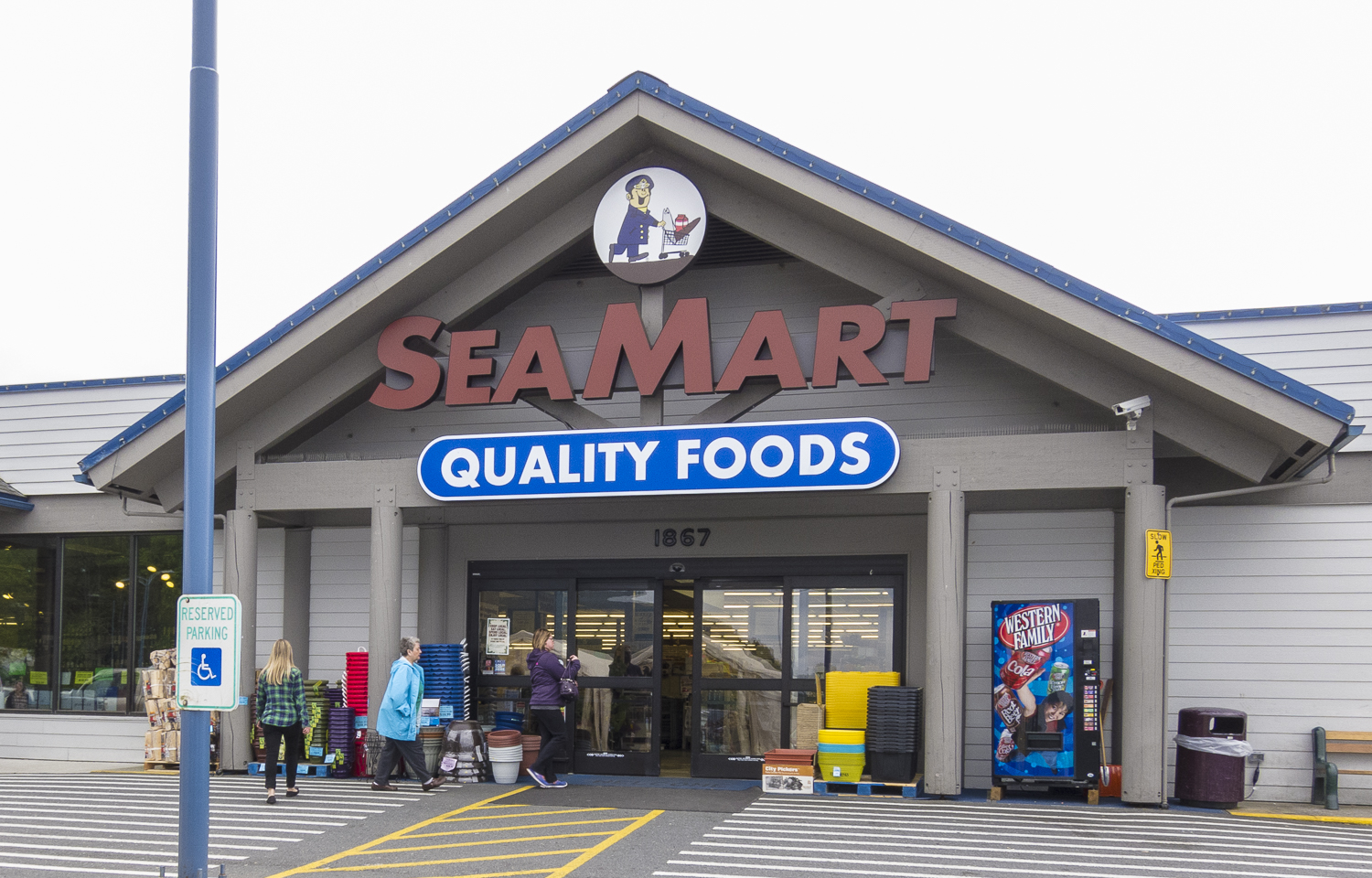 The Sea Mart grocery was an importent resource for us.