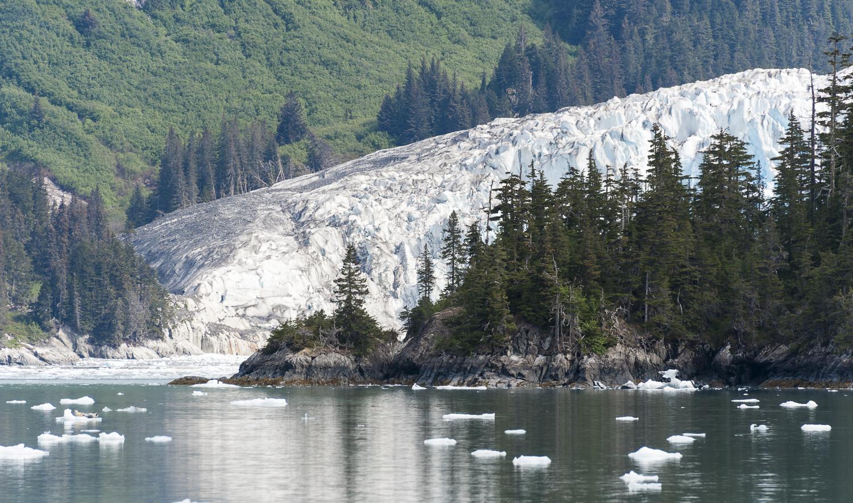 Mears Glacier comes into view