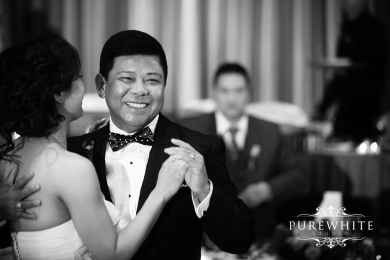 Delta_Burnaby_Hotel_Conference_Centre_Wedding_Reception011