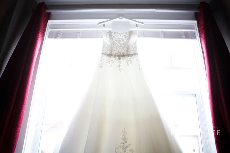 surrey_get_ready_bride_wedding008.jpg