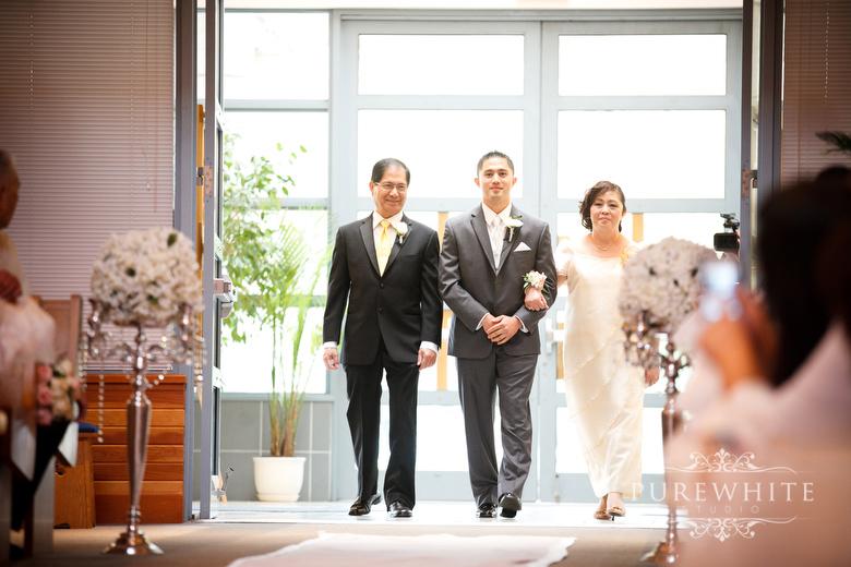 st_Matthews_parish_ceremony_surrey_wedding006.jpg